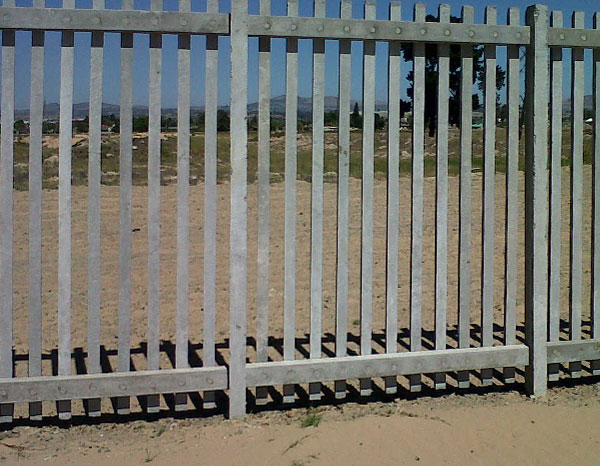 Port Shepstone Precast is the best local supplier of precast palisades fencing